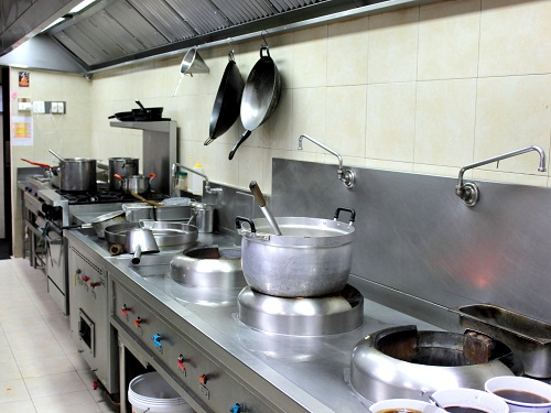 Bếp Âu và bếp Á